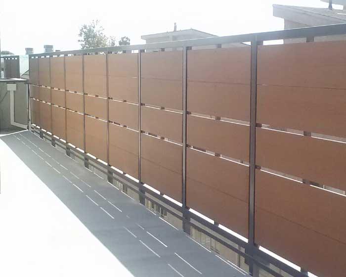 Horizontal Picket Fence