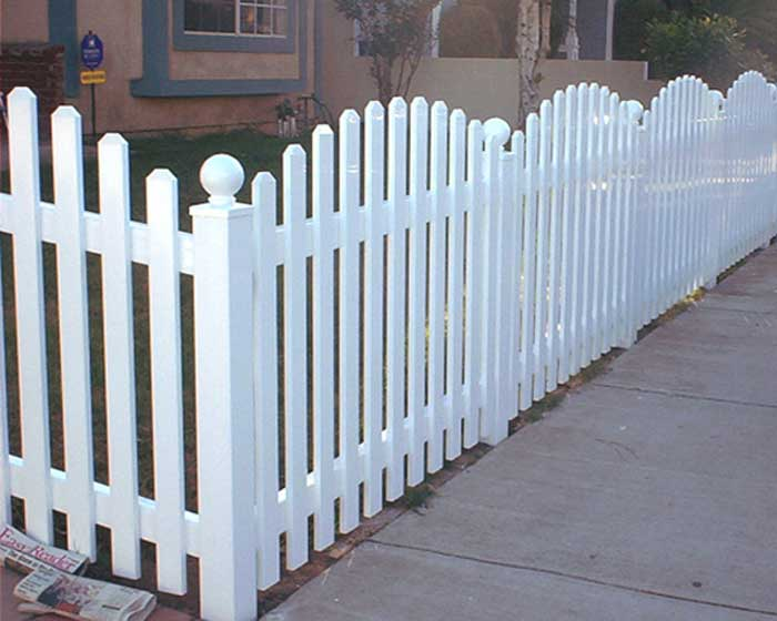 Scalloped Open Facemount Picket Fence