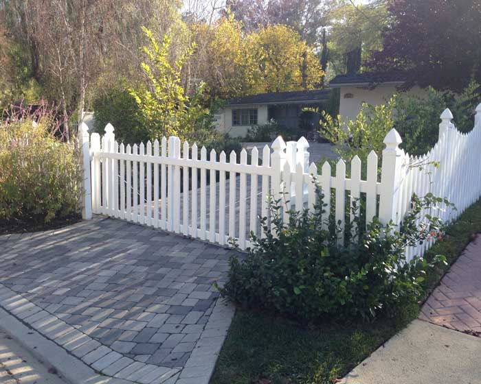 Scalloped picket fence and gate