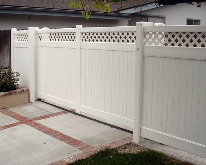 Sliding Motorized Gate with Lattice Top